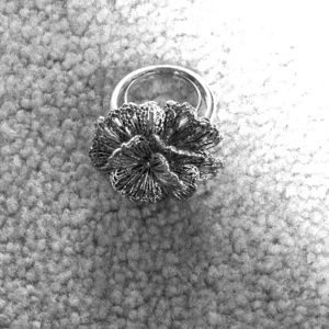 Stella and Dot flower ring